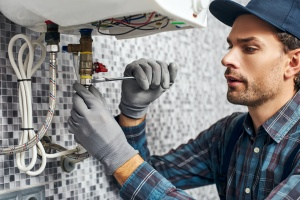 man working for Centreville, VA Plumbing Services
